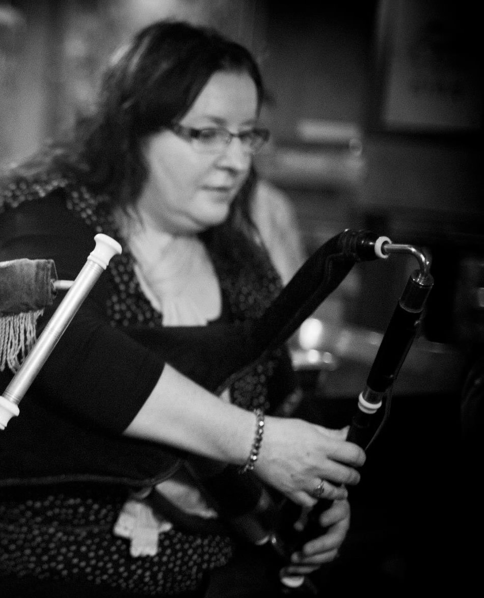 Carmel O'Leary Playing Uilleann Pipes